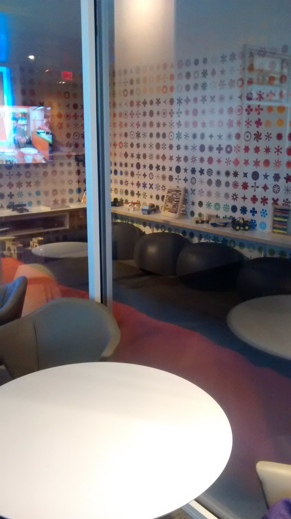 amex-centurion-lounge-kids-area
