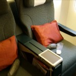 cathay-pacific-business-class-review-hong-kong-singapore-seats