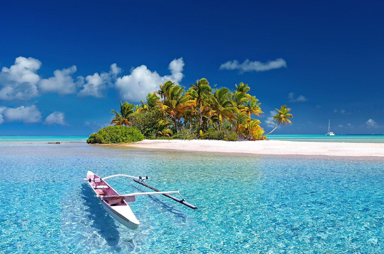 Paradise Found! Tahiti, Vanuatu from $512 round trip, Including Summer Dates!